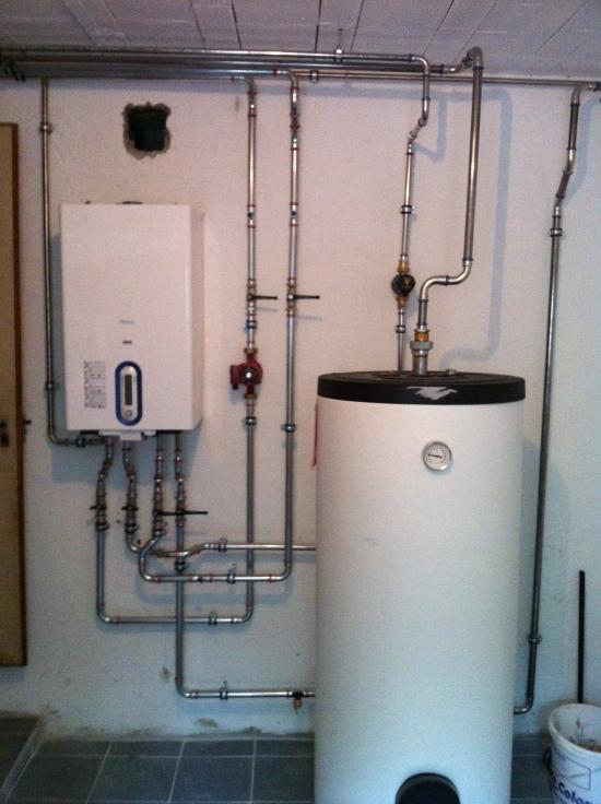 assainissement d une installation de chauffage dans un immeuble revey s rl r novation. Black Bedroom Furniture Sets. Home Design Ideas