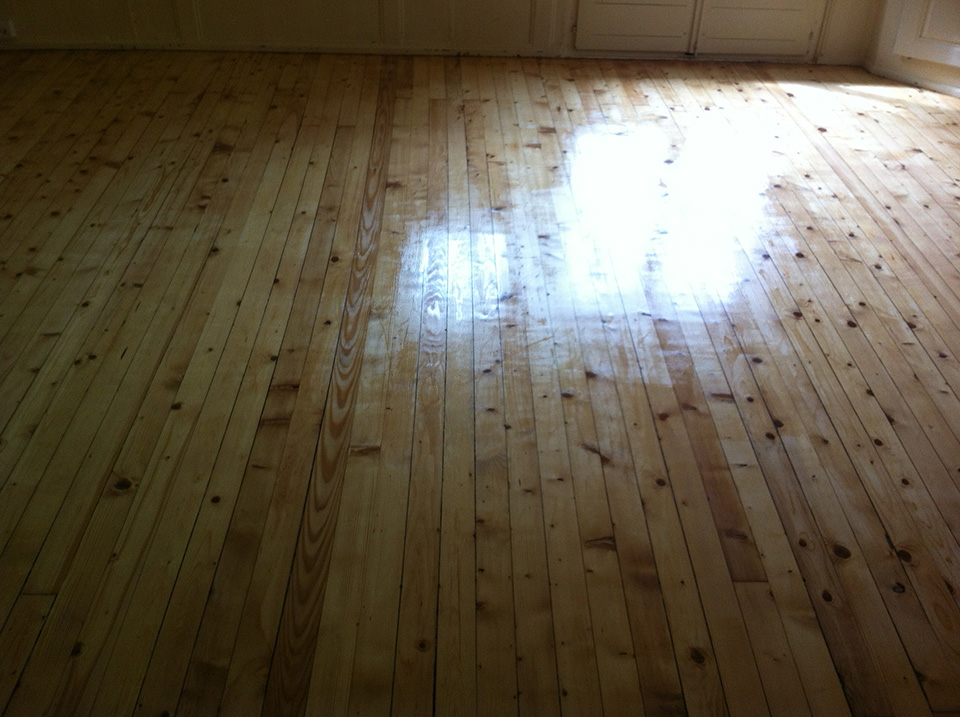 Ancien parquet en sapin apr s pon age et vitrification - Renovation parquet ancien ...